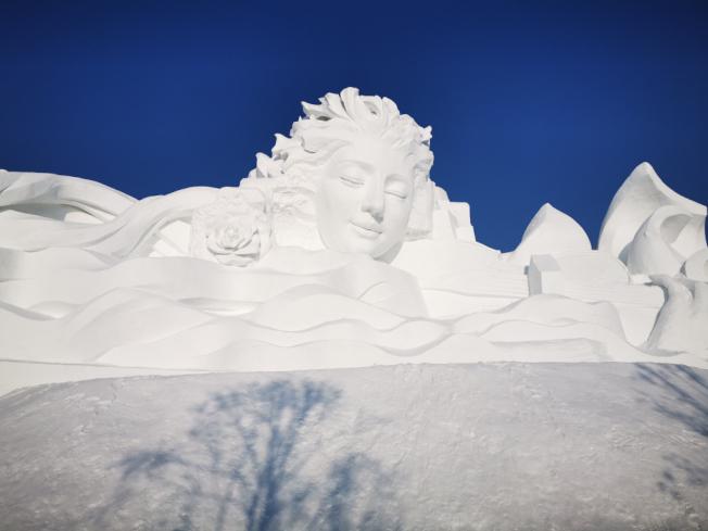 哈爾濱雪雕展作更耐細觀尋味,更具藝術性。(圖:作者提供)