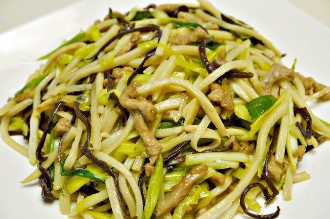 料理功夫|酸香下饭 三蔬炒猪柳