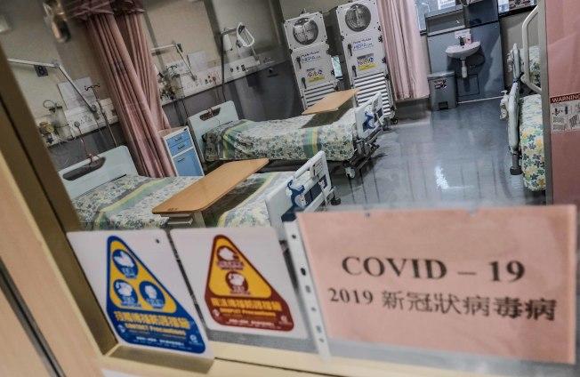 香港1日新增51宗新冠肺炎確診個案,包括一名40天大男嬰。圖為香港東區醫院「第二線隔離病房」4月1日起陸續啟用。(中新社)