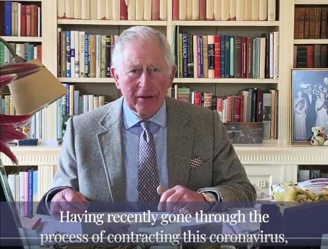 英國查理王子確診後首次露面,透過影片分享在隔離期間的體驗。(美聯社)