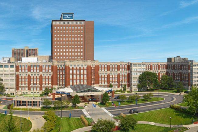 底特律的亨利福特醫院是密西根州的疫情震央。(醫院官網)