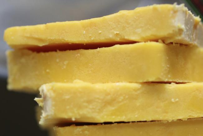 奶酪是牛奶製品之一。(美聯社)