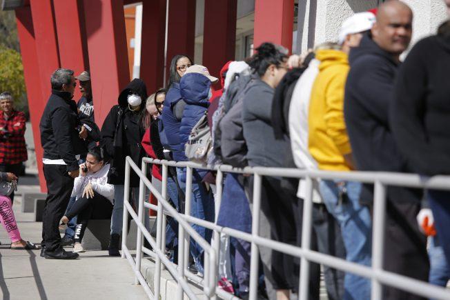 美失业率升破4%!牛津经济:5月飙至16% 2790万人失业
