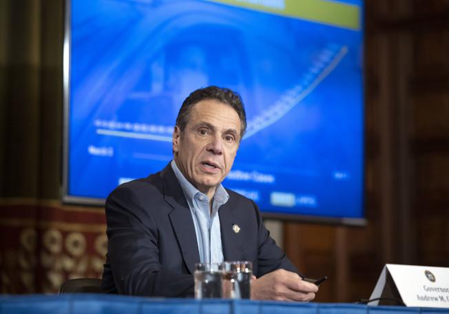 葛謨5日表示,全州日新增死亡人數出現疫情發生以來首次下降,疫情可能將進入平台期。(州長辦公室提供)