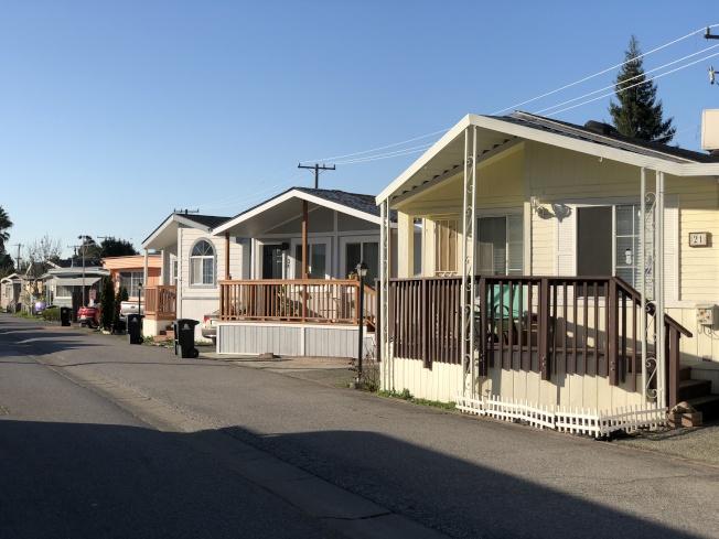 山景城市議會通過暫停逐租客令,移動房屋租客也被納入規範內。(記者林亞歆/攝影)