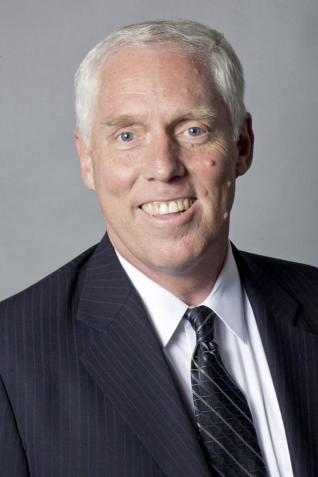 聖馬刁縣地檢長韋斯達夫強調將檢控兩金光黨騙案被告。(聖馬刁地檢處)