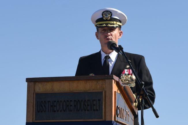 羅斯福號航空母艦艦長克羅齊爾已確診染上新冠病毒。圖為他去年11月檔案照。(Getty Images)