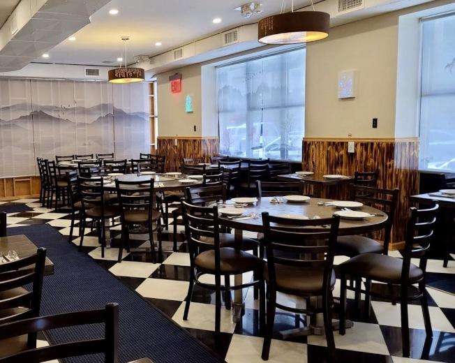 陳潔和丈夫的餐館開張還不到一個月,就因為新冠疫情不得不停業。(陳潔提供)