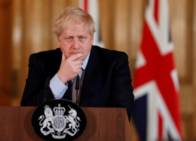 英國首相強生住進加護病房,首相發言人7日表示他的狀況穩定。(路透資料照片)