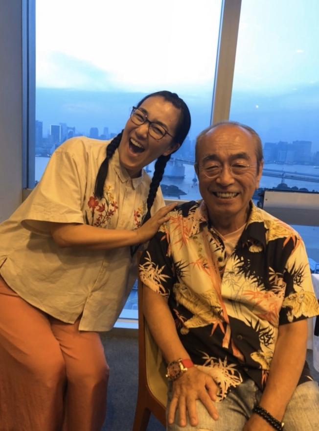 「蒲公英」成員白鳥久美子上月底才分享與志村健的合照表達哀悼。圖/摘自部落格