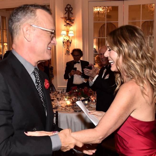 麗塔威爾森一年前和丈夫湯姆漢克斯歡慶抗乳癌成功,沒料到夫妻現在要一同對抗新冠肺炎。圖/摘自Instagram