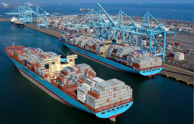 洛杉磯加大預測,中國倒向的出口將停止,部分製造業將轉移或回流美國。圖為美國進口商品的貨輪。(取材自洛杉磯港)