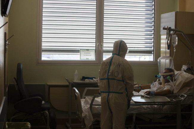 快看世界 專家警告:新冠重症患者康復後 後遺症多、難克服