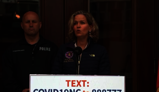 长岛纳苏郡确诊病例破2万 郡长悼念前线染疫去世消防员