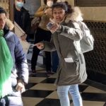 未戴口罩印度裔女子 法拉盛郵局內呵斥華人