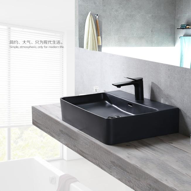 浴室的台上盆,也要審慎選擇。(取材自淘寶)