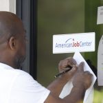 稅務漫談 | 疫情重創掀失業潮 經濟紓困如何申請?