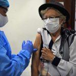 快看世界/醫藥分析師:有效疫苗要再等2-3年才問世
