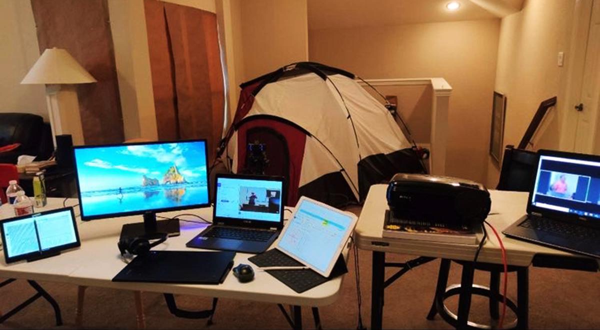 華夏中文學校今年夏令營開辦網路教學。(華夏提供)