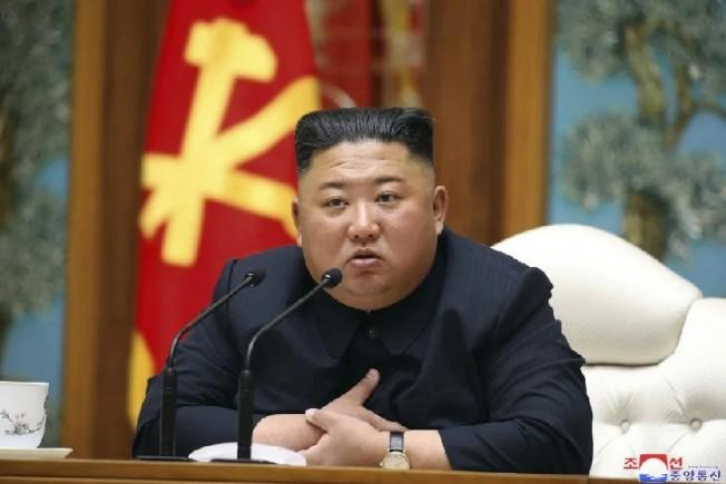 北韓領導人金正恩傳出手術後命危。美聯社