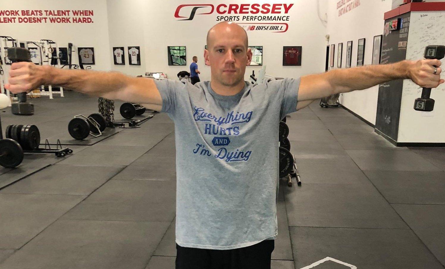38歲的克雷西是專業的體能師,有開設運動訓練中心。(取材自推特)