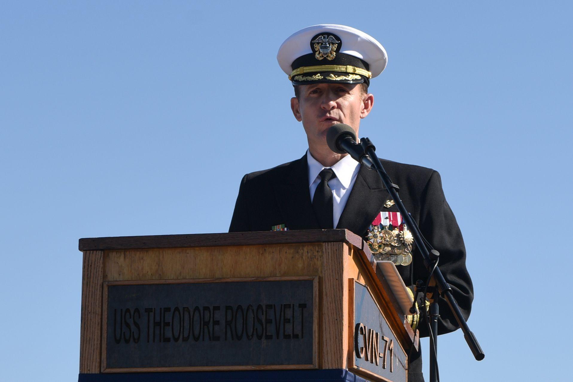 川普總統說,克羅齊爾(圖)是航空母艦艦長,身在軍中,卻對媒體發布公開信,「他以為他是海明威」。(Getty Images)