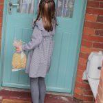 英國夏綠蒂公主5歲了 親送食物給長者和弱勢族群助抗疫