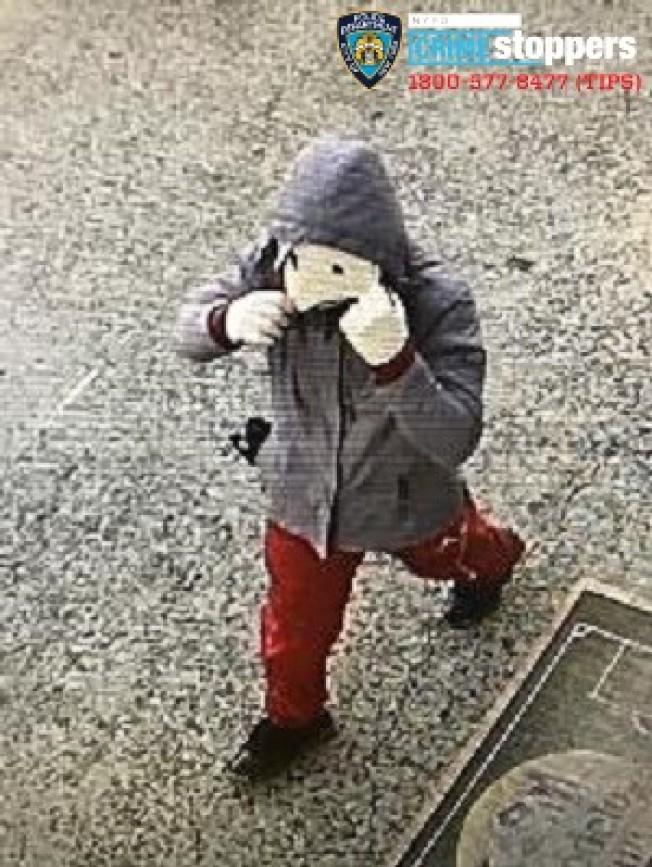 該男子涉嫌盜竊21家商戶,被警方通緝。(市警提供)