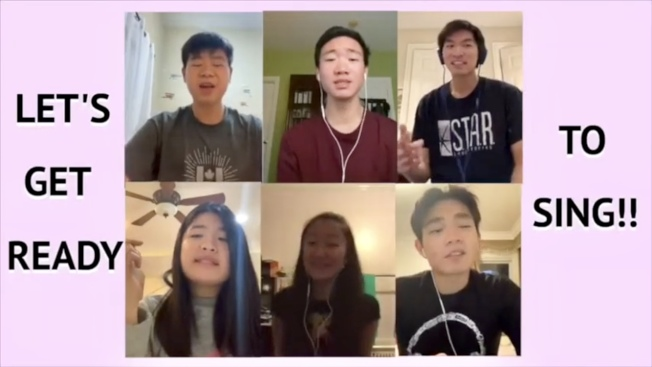 「傳愛樹」的學生們透過視訊教有特殊需要的小朋友唱歌。(傳愛樹提供)