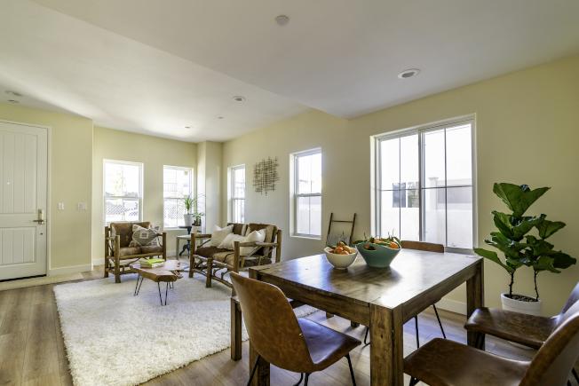 客廳空間寬敞,採光一流。(開發商提供)