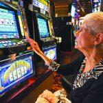 悶壞了!退休居民巴望重回賭場消遣