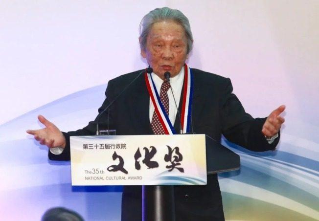 「客家文學之母」鍾肇政辭世 享耆壽96歲