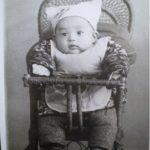 《老照片說故事》大兒60年前百日照