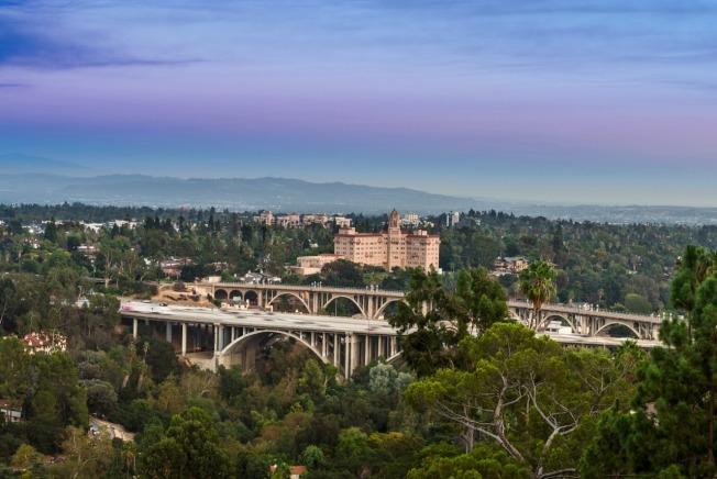 德州巴沙迪那市希望與加州巴沙迪那市的濃密樹林齊名。(加州巴沙迪那市府臉書)