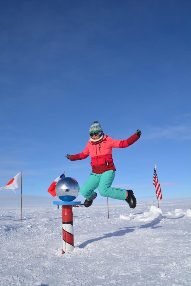 在南極點跳躍,我心飛揚。