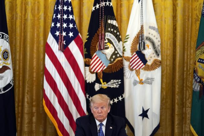 美國總統川普19日在白宮主持內閣會議。美聯社