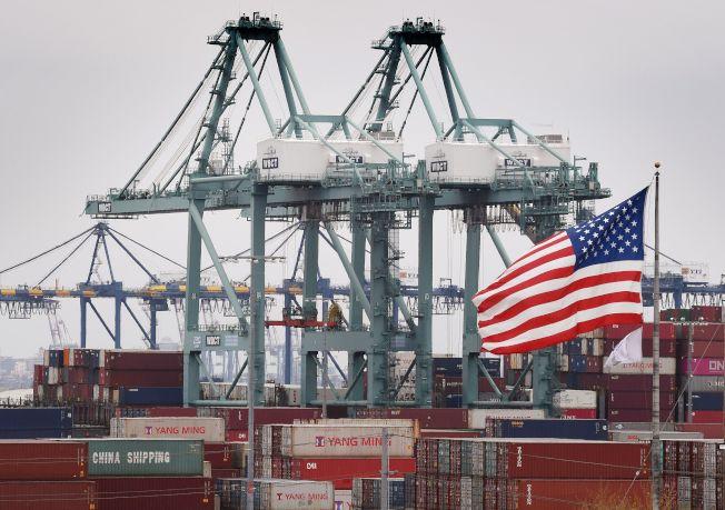 在一兩年內,全球還不會見到嚴重通貨膨脹。(Getty Images)