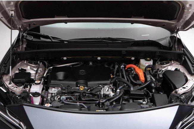 全新Toyota Venza Crossover所配置的2.5升Hybrid油電系統可輸出綜效馬力219hp。(取自Toyota)