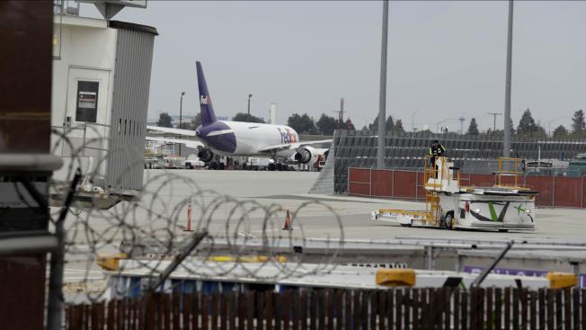 疫後聖荷西有望接收大都會外流的人才,圖為聖荷西機場。(美聯社)