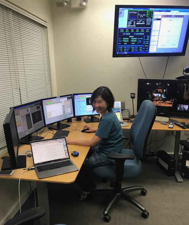 馬中珮此前在夏威夷的凱克天文台控制室從事研究。(馬中珮供圖)