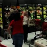 女子未戴口罩超市購物 遭其他顧客羞辱驅趕