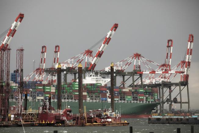 全球3月貿易量年比衰減4.3%。(美聯社)