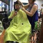 居家剪髮「新冠頭」 為避疫添樂趣