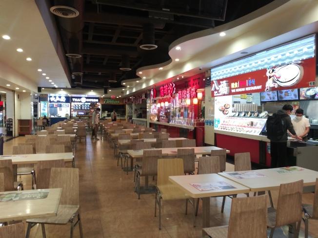 法拉盛新世界美食城中已經有五六家餐館開業。(韓傑/攝影)