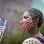 移民局6月4日部分重開 限量預約 宣誓入籍要戴口罩