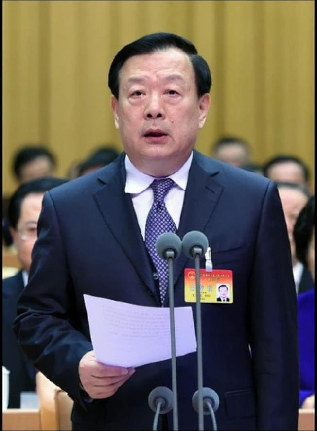 針對美國宣布制裁11名中國及香港官員,中國國務院港澳辦今晚以發言人名義發表談話,指此舉是美國一些政客的「霸權主義習性」。圖為港澳辦主任夏寶龍,他也在11人制裁名單中。(中新社)