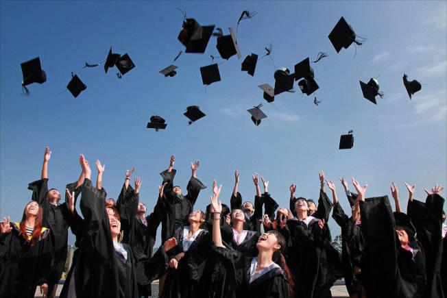 疫情期間的新州畢業典禮,將不允許丟畢業帽。(Pixabay)