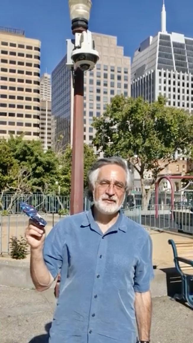 市議員佩斯金認為新安裝的攝像頭將對犯罪行為起到威懾作用。(佩斯金市議員辦公室提供)