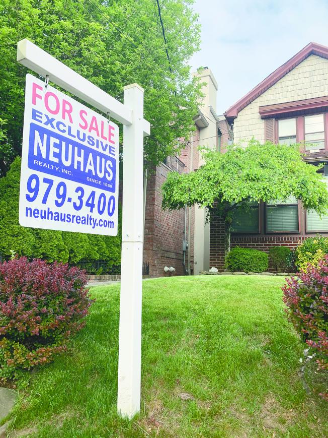 經過長達一個半月持續下降,紐約房地產市場出現回暖。(記者黃伊奕/攝影)