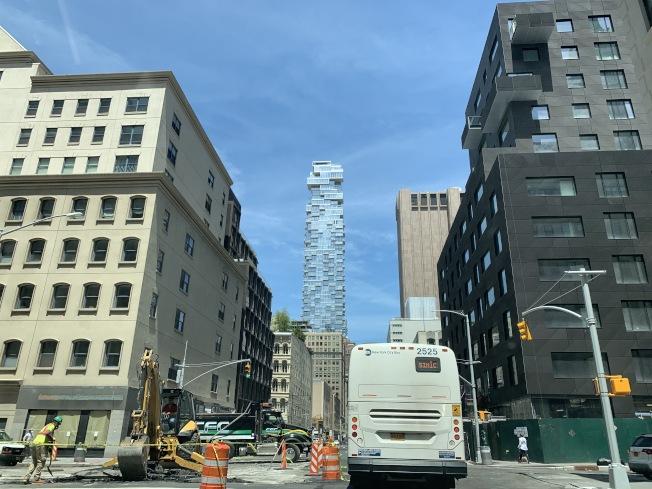 紐約市的新冠疫情逐漸好轉,房地產市場也出現回暖跡象,圖為曼哈頓下城。(記者曹健╱攝影)